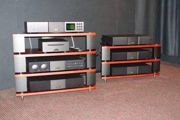 That prperly supported Naim stack for Dynaudio included the familiar high end NDS streamer and the irrepressible