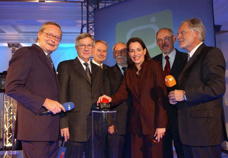 DTTB in Berlin and the City of Potsdam A New TV Age Begun Launch Ceremony on October 31, 2002 with the