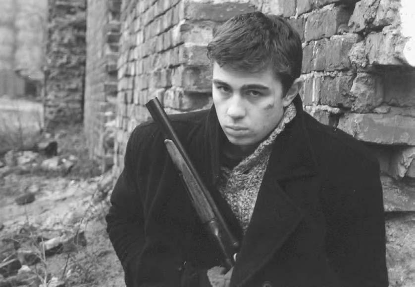 94 POP CULTURE RUSSIA! Sergei Bodrov Jr. as Danila Bagrov in Alexei Balabanov s Brother (1997), the first Russian blockbuster, albeit in video releases only.
