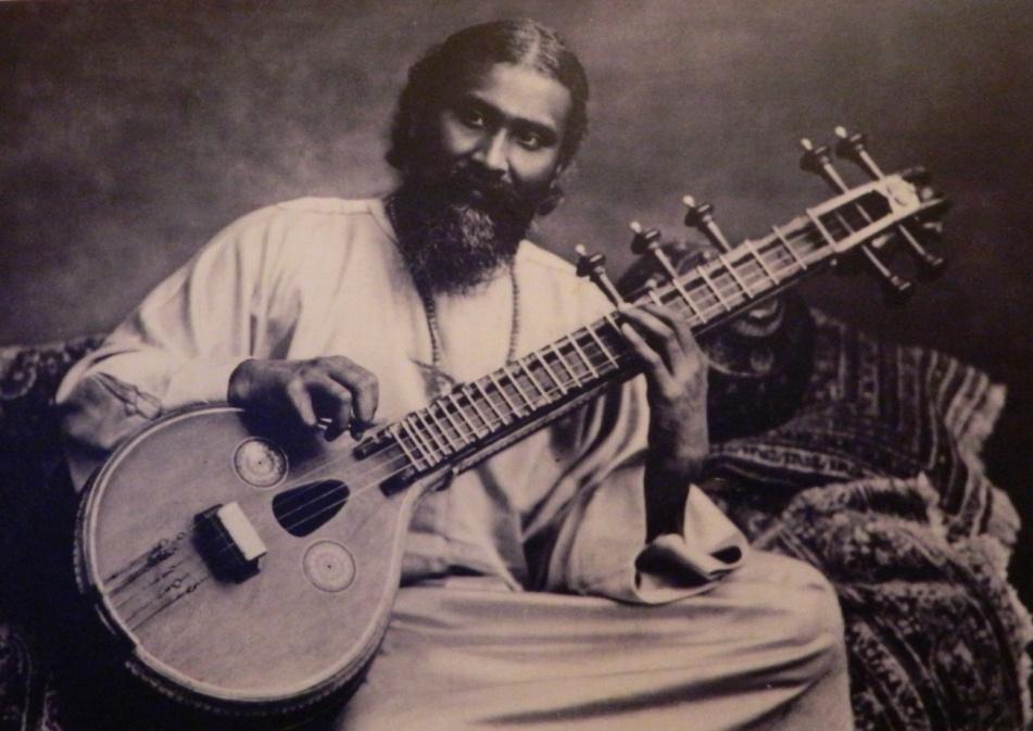 5:3 Ut.Inayat Khan Inayat Khan was born on July 5, 1882 and died on February 5, 1927, was the founder of The Sufi Order in the West in 1914 (London) and teacher of Universal Sufism.