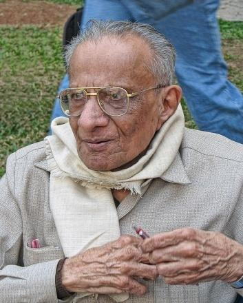 5:13 Prof.R.C.Mehta Ramanlal C. Mehta was born on October 31, 1918 at Surat in the state of Gujarat.