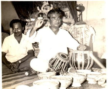 5:38 Shri Ganpatrao Ghodke: Shri Ganpatrao Ghodke first came to Shri Shrikant Muley s house. In Baroda he took a degree in Tabla playing under Pt. Sudhirkumar Saxena.