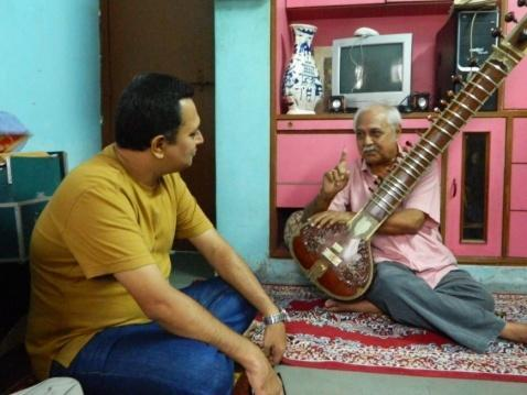 [1] 5:39 Shri Shrikant Muley He took his training in Sitar from Music College of Baroda. He got a job as a music teacher in Music College itself.