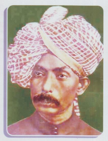 6:1 Ut.Abdul Karim Khan Abdul Karim & Abdul Haq, two brothers, arrived in Baroda, around in 1894, from Bhavnagar. They stayed with the legendary lady singer, Allahrakhibai, of that time.