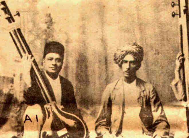 Thus, the two brothers were residing, in Baroda, very happily and with great honor. Mean while in 1898, Ut. Abdul Karim and Ut.