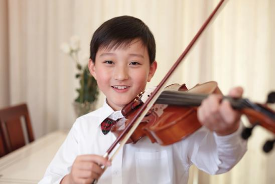 Display 4.10 persist word family persist verb persistent adjective persistence noun Chen wanted to play violin in the youth symphony. He had to persist.