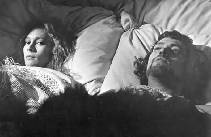 2 14a. Macbeth (U.S.A./ Britain, 1971), with Francesca Annis and Jon Finch, directed by Roman Polanski. Movie images are generally scanned in a structured sequence of eye-stops.