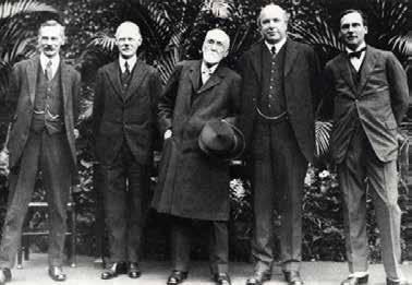 Poverty and income The Rowntrees influence extended beyond their own business. Like many Quakers, Joseph Rowntree believed that people should not inherit great wealth.