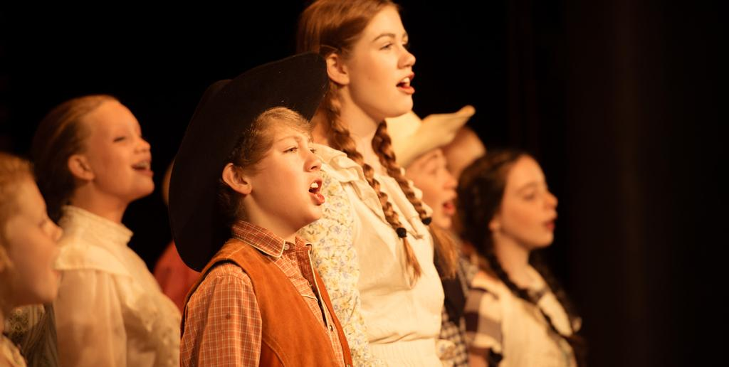 FESTIVAL OPTIONS Opera Children s Chorus Photo by Xavier Fane Photography You can choose to be a general season sponsor of the Crested Butte Music Festival at any level, or you may direct your