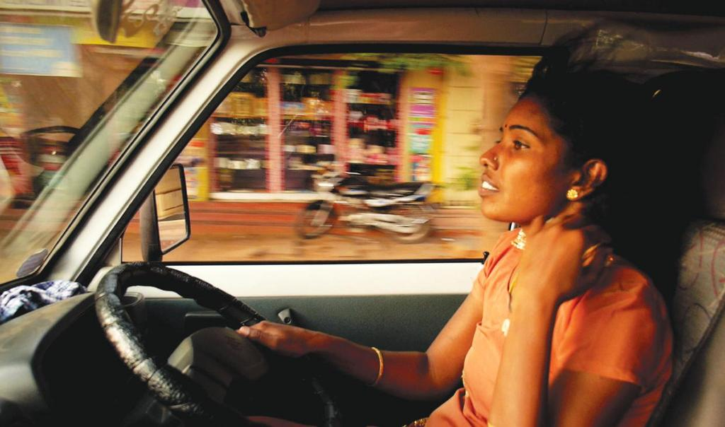 DRIVING WITH SELVI Director: Elisa Paloschi Canada / 2015 / HD / Col.
