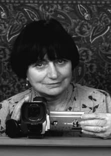 TRIBUTES AGNÈS VARDA: Grandmère of Cinecriture In a 1960s interview, Agnès Varda says about her first film, Le Point Courte, I wanted to make a film that was not very pleasant to watch, but people