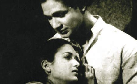 NEECHA NAGAR TRIBUTES Director: Chetan Anand India / B&W / 1946 / Hindi / 122 mins A sub-urban town is divided into an upper Ooncha Nagar home to the rich and affluent, and a low-lying Neecha Nagar,