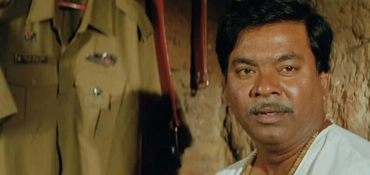 EK CUP CHYA KPï PÀ ï ZÁAiÀiï INDIA / 2009 / MARATHI / 120 MIN. A bus conductor who lives with his mother, wife Rukmini, two daughters and two sons receives a huge electricity of Bill of Rs.