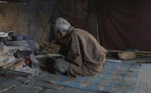 LIVELIHOOD HOME ALONE LODAY CHOPHEL / BHUTAN / 2014 / 09:04 MIN.