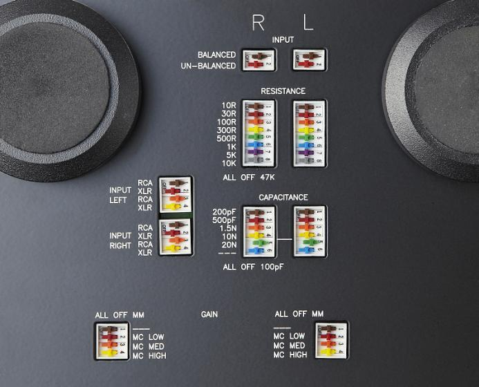 Controls and Connections BASE PANEL Settings REAR PANEL Connections and Controls INPUT SELECTOR (XLR (balanced) RCA (unbalanced) INPUT CONNECTOR SELECTOR (XLR RCA) OPERATION MODE (BALANCED