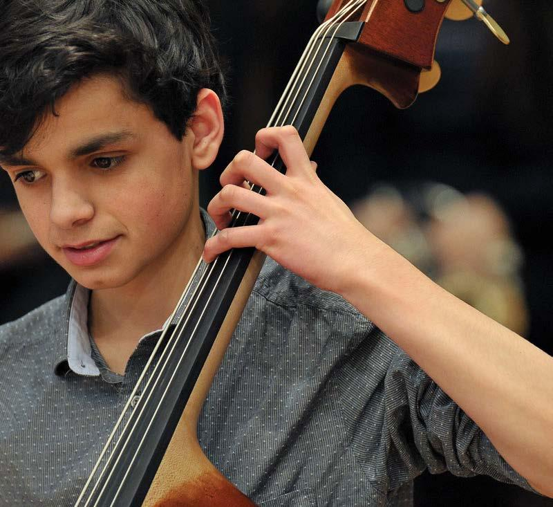 music with highly experienced staff / GCSE and A Level Music and Music Technology courses / String Time programme for ages