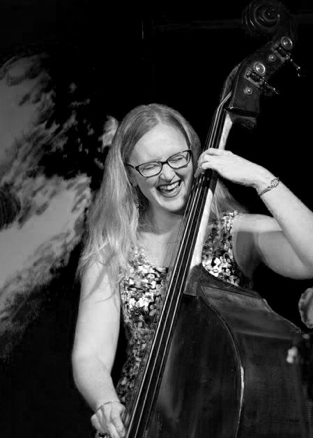 Jazz Soundings January 2019 Page 3 JEN HODGE CARRYING FORWARD THE TRADITION by John Ochs Jennifer Hodge, Vancouver, B. C. bass player, bandleader, and arranger, plays with a wide variety of artists all over the world.