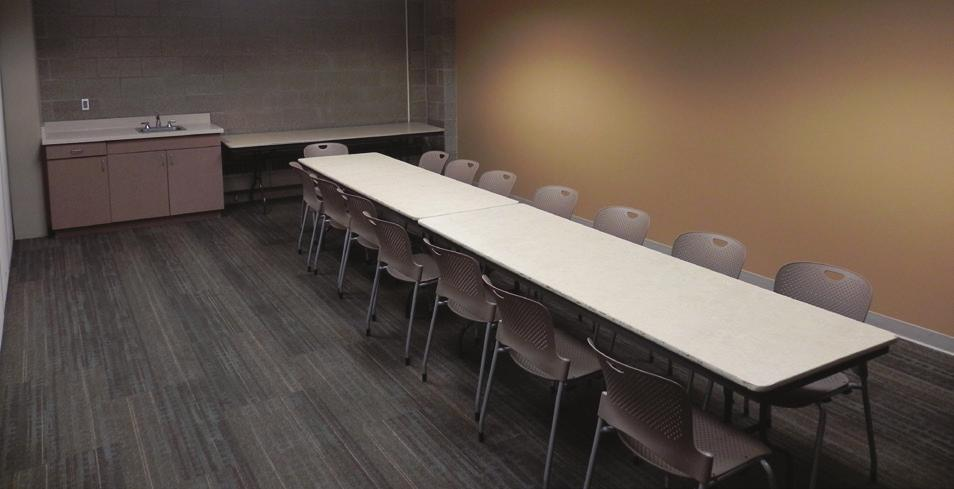 MEETING ROOMS We are able to accommodate 20 people per room, depending on table and chair set-up. Retractable walls allow flexibility for accommodating larger groups.