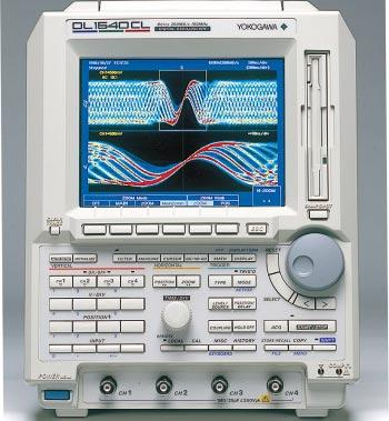 The New Standard COLOR, Advanced Functions, Readability and Portability Digital Oscilloscope DL540C/DL540CL 200 MS/s maximum sampling rate 50 MHz analog bandwidth Maximum record length: 2 M words for