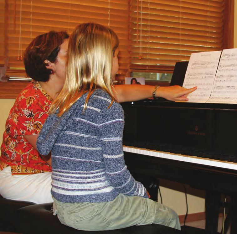 Lessons Children and adults can learn to play piano. I take lessons at my teacher s house, but other students go to a studio or conservatory.