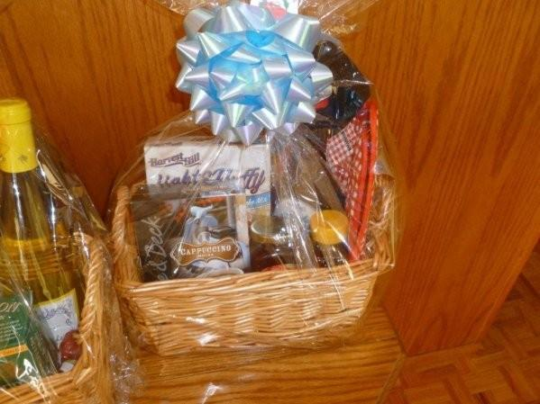 gifts baskets that the Thunderbirds of