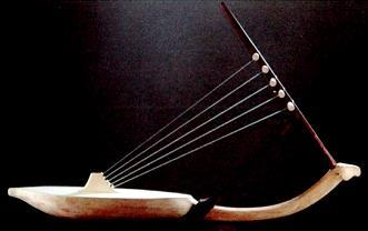 The Musıcal Instrument Altaı Zıther Found In The Cave Of Mongolıan Altaı Mountaın Based on the mountains of Altai Mountain, in the snow-covered Mongolian cave tomb is famous musicians, epic poet