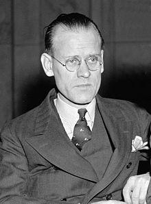 Invention of television Philo T. Farnsworth came up with the idea of breaking a picture into lines that would scan across the screen in dark and light lines.