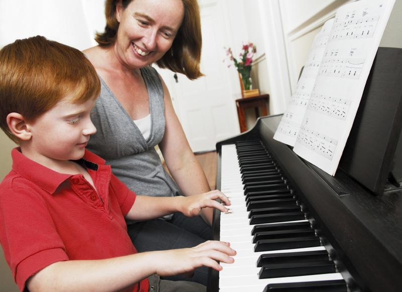 Independent Music Teachers Forum CAPMT Communiqué 5 HOW CAN I TELL IF MY CHILD HAS MUSICAL TALENT? We hear this question just about every day from curious parents.
